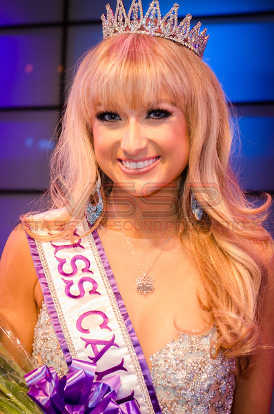 Miss California International -Stephanie Behring