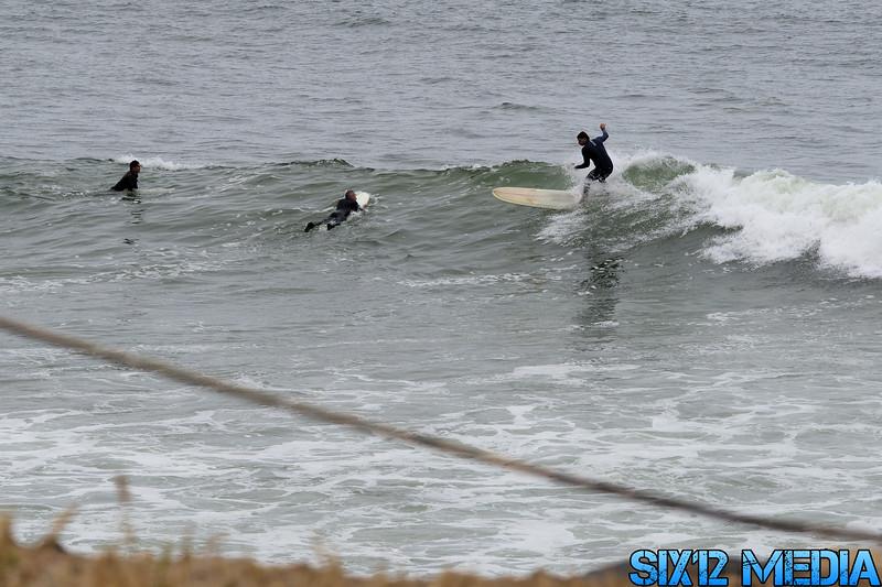 Gladstones Surf-09.jpg