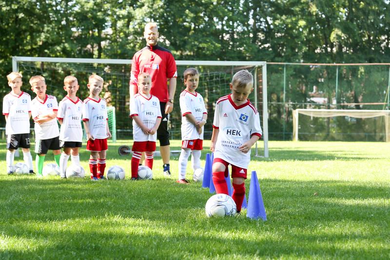 hsv_fussballschule-084_48047989958_o.jpg