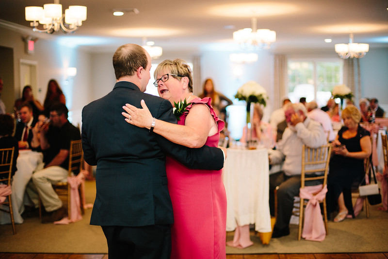 amie_and_adam_edgewood_golf_club_pa_wedding_image-989.jpg