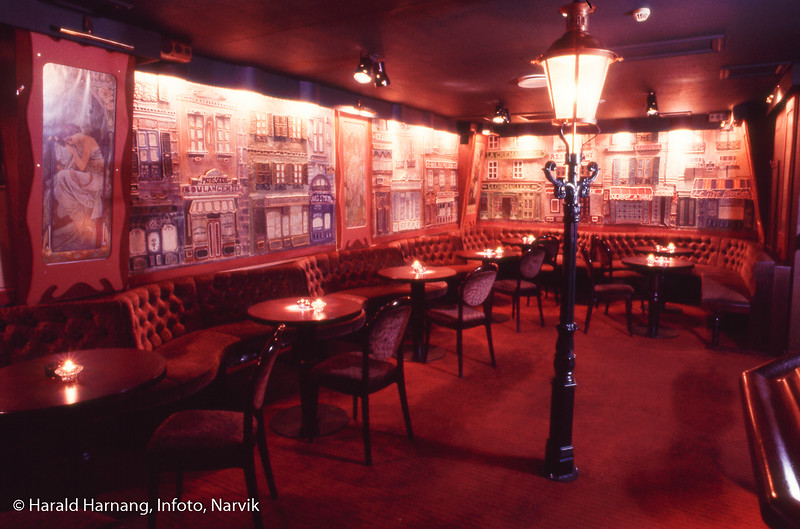 Moulin Rouge, i gamle Wievelkjelleren.