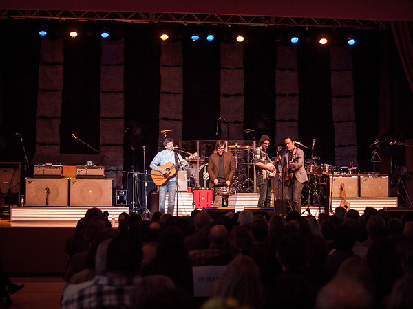 Brett Shady band opening for Chris Isaak, April 26, 2012