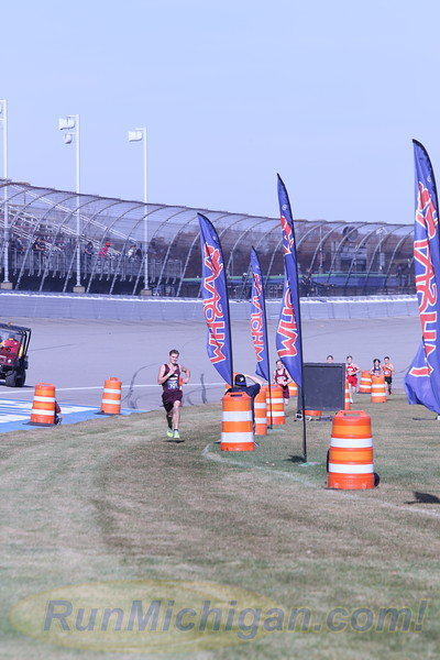 D4 Boys' Finish Section 1 Gallery 2 - 2020 MHSAA LP XC