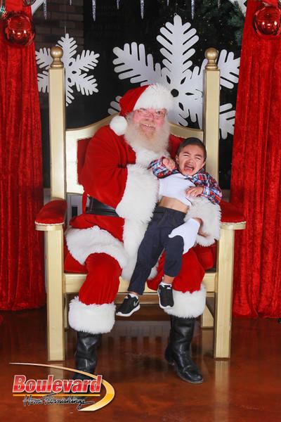 Santa 12-17-16-221.jpg