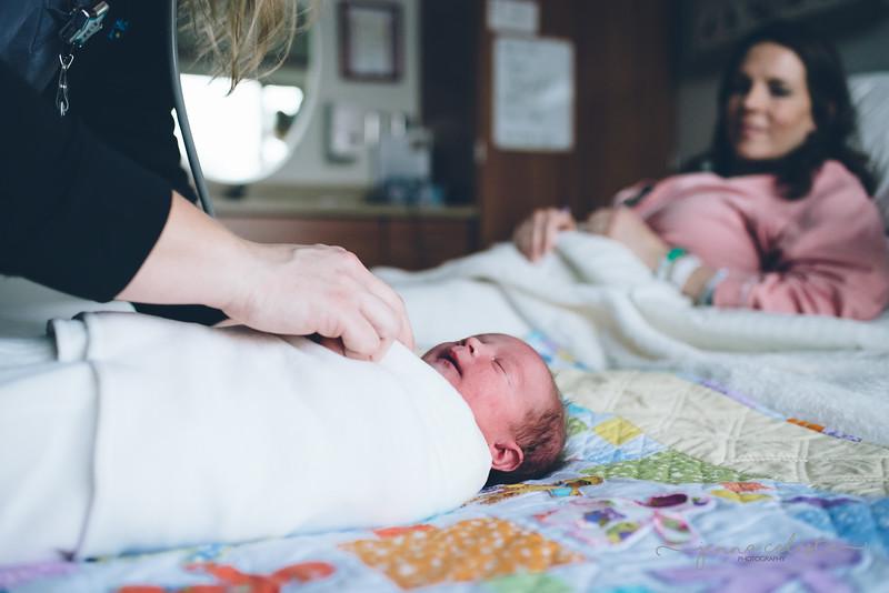 2100wm Adrian Page Fresh48 hospital infant baby photography Northfield Minneapolis St Paul Twin Cities photographer-.jpg