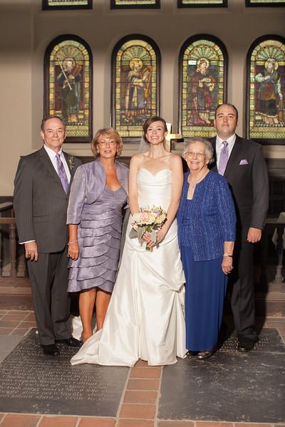 weddingphotographers381-2128391873-O.jpg