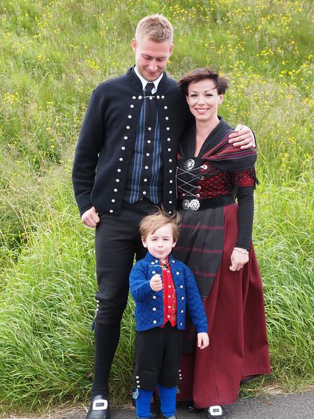 Hans Christian, Marina og lille Joannes. Foto- Martin Bager-7298316.jpg