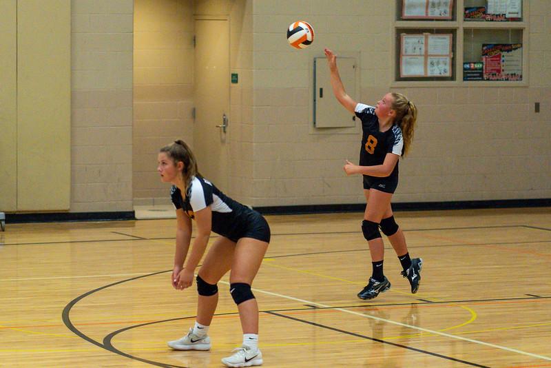 NRMS vs ERMS 8th Grade Volleyball 9.18.19-4970.jpg