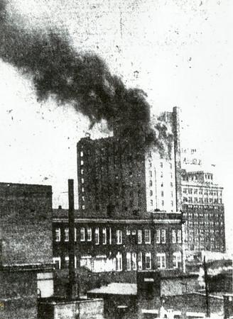 Abraham Lincoln Hotel, 100 North 5th Street
