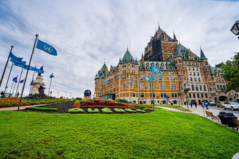 2693 Quebec-Chateau Frontenacrev1crp1g.jpg