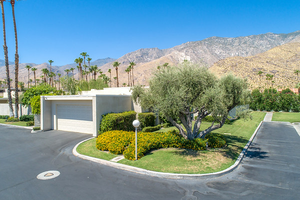 2617 Canyon S - Palm Springs, CA