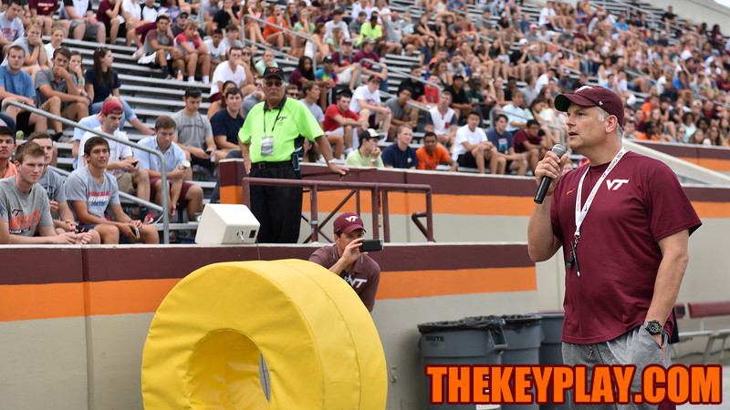Head coach Justin Fuente addresses Virginia Tech students following the conclusion of the open practice. (Michael Shroyer/ TheKeyPlay.com)