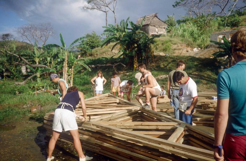 1989 Roatan Honduras Mission Trip-0021.jpg