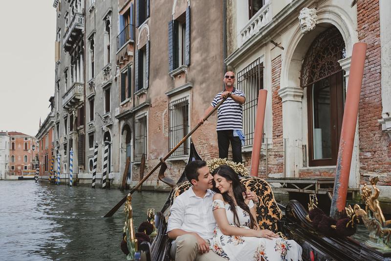 Fotografo Venezia - Venice Photographer - Photographer Venice - Photographer in Venice - Venice engagement photographer - Engagement in Venice - 23.jpg