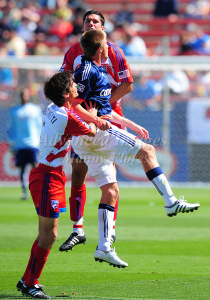 29, March 2009:  Chivas USA middle Jesse Marsch (Cap) #15  & FC Dallas defender Steve Purdy #25 in action during the soccer game between FC Dallas & Chivas USA at the Pizza Hut Stadium in Frisco,TX. Chivas USA  beat FC Dallas 2-0.Manny Flores/Icon SMI