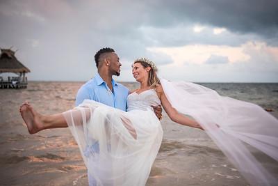 Alyssa + Michael - Wedding - Villa del Palmar
