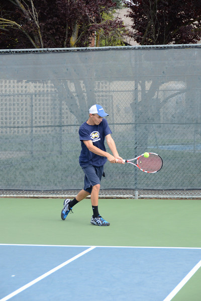 menlo-tennis-2013-boys 4.jpg