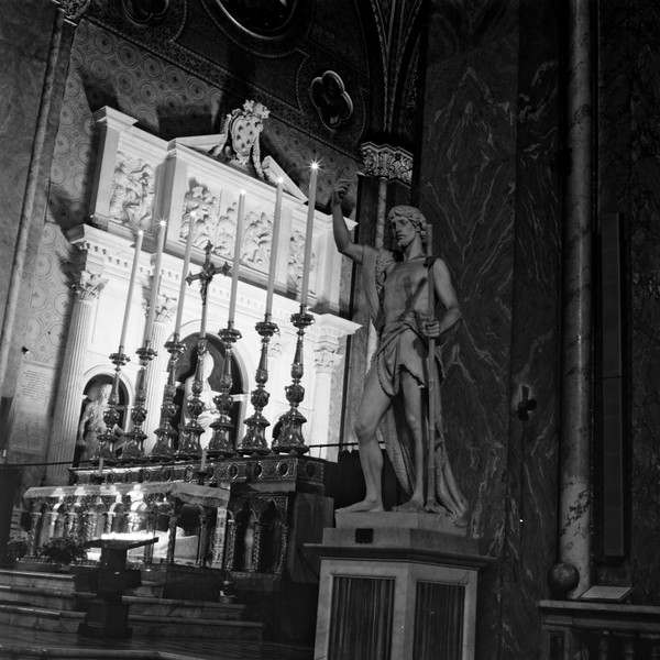 Cathedral in Rome  2:Italy beyond 70mm. Photographs taken on 80mm (Medium format film)