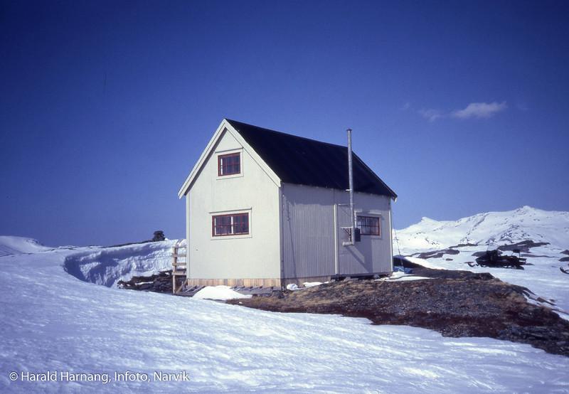 Norcem hytteeierforenings hytte på fjellet ved Kjerringvatnet i Tysfjord kommune.