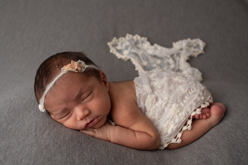 Baby Victoria-42.jpg