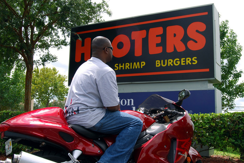 017 Christian at the Hooters of Orlando Airport.jpg