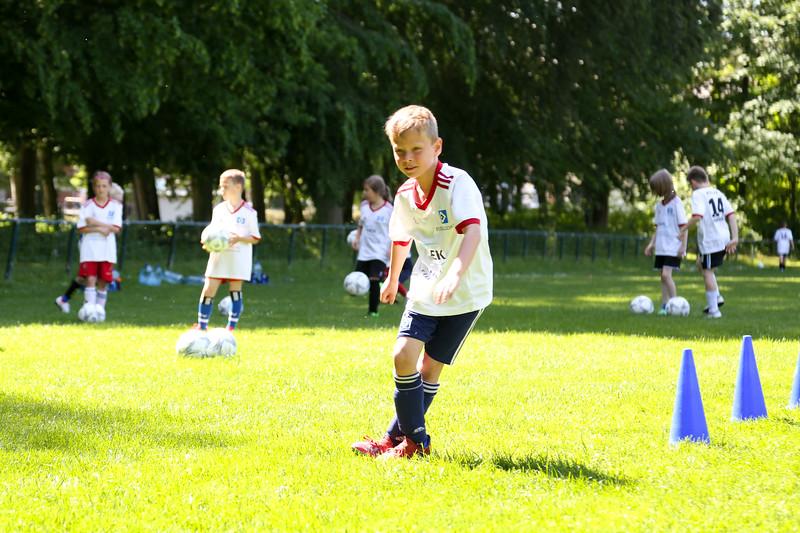 hsv_fussballschule-466_48047998093_o.jpg