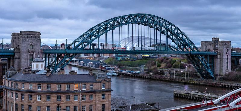 Tyne Bridge Pano8 v2.jpg