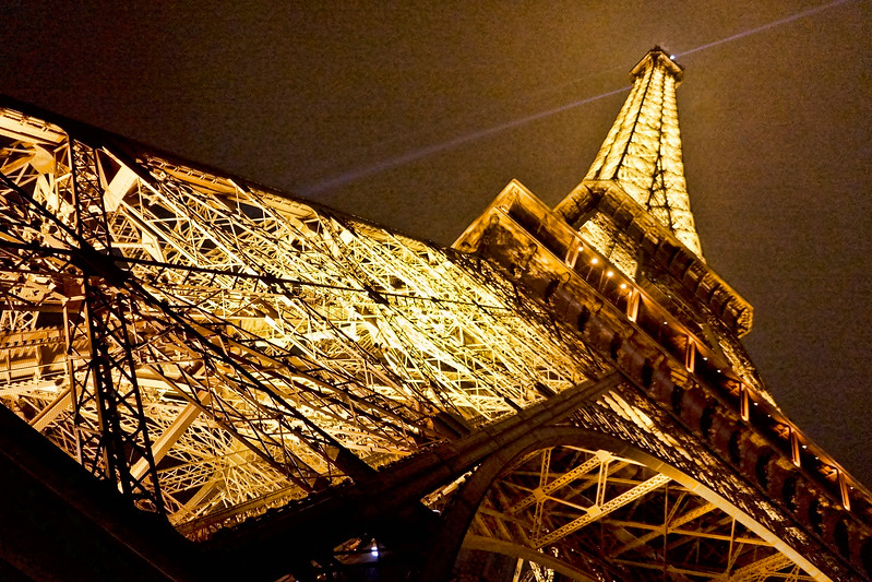 Eiffel Tower lights 848 .jpg