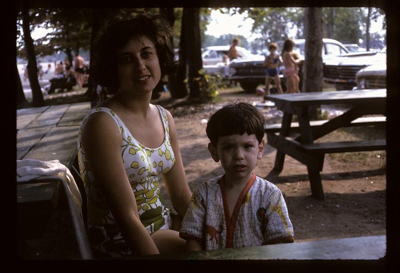 1966 Family_293.jpg