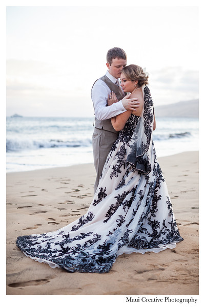 Maui-Creative-Destination-Wedding-0234.jpg