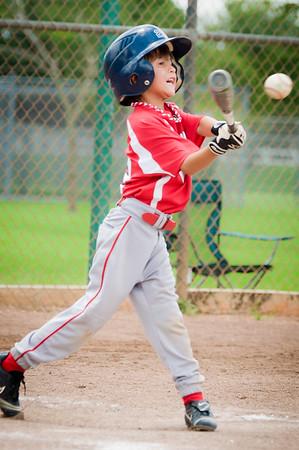 Anthony_batting_DSC_5895-2.jpg