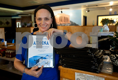 tylers-greek-family-restaurant-becomes-popular-local-eatery