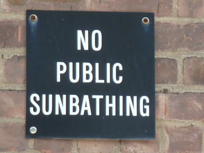 USA: New York, Signs (2011)