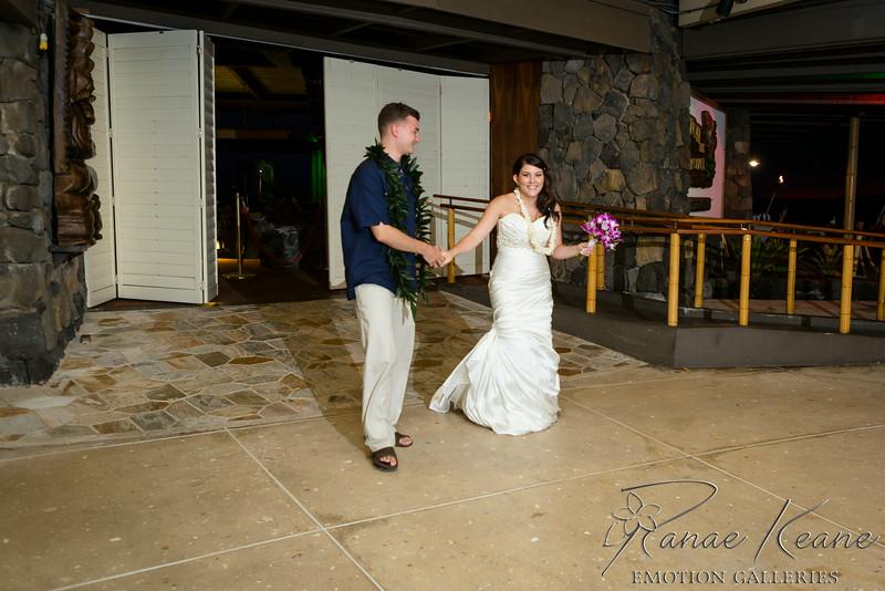 242__Hawaii_Destination_Wedding_Photographer_Ranae_Keane_www.EmotionGalleries.com__140705.jpg