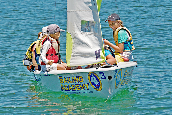 CHILDREN SAILING (Editorial)
