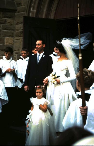 1962-3-3 (2) Val Arnott & Ross Bennett wedding.JPG