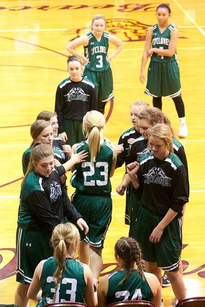 '17 Cyclones Girls Basketball 122.jpg