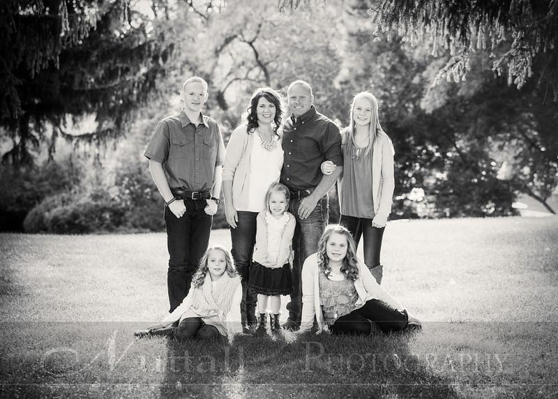 Gustaveson Family 04bw.jpg