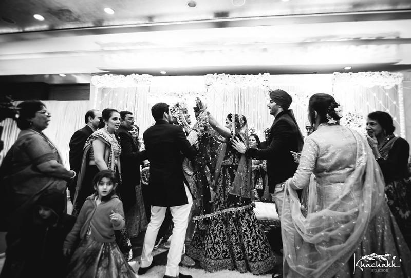 best-candid-wedding-photography-delhi-india-khachakk-studios_37.jpg