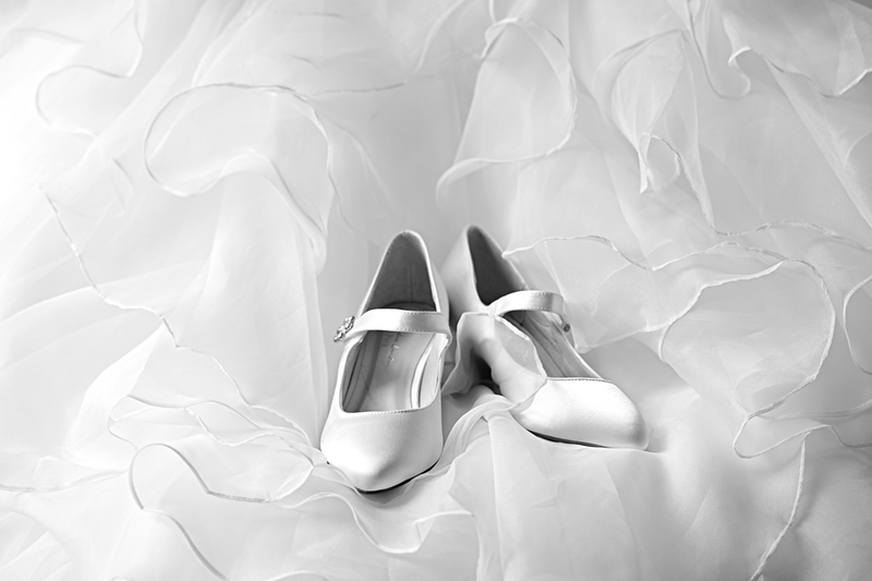 wedding-photographer-shoes-dress-essex-(8).jpg