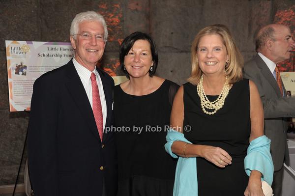 John Strauss, Diane Strauss, Mary Lou Burns   photo  by Rob Rich © 2014 robwayne1@aol.com 516-676-3939