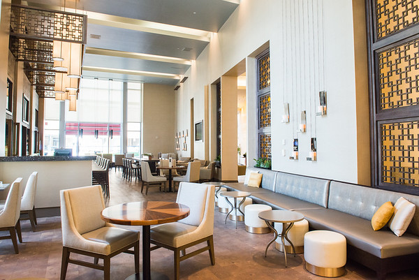 Marriott L Bar