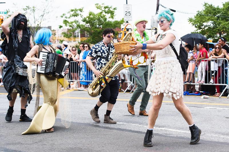 2019-06-22_Mermaid_Parade_1376.jpg