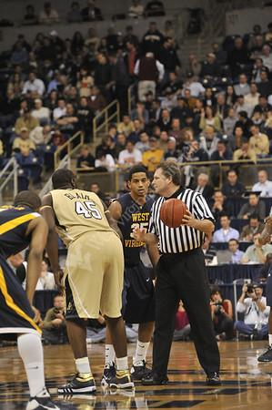 25864 Men's Basketball vs Pitt