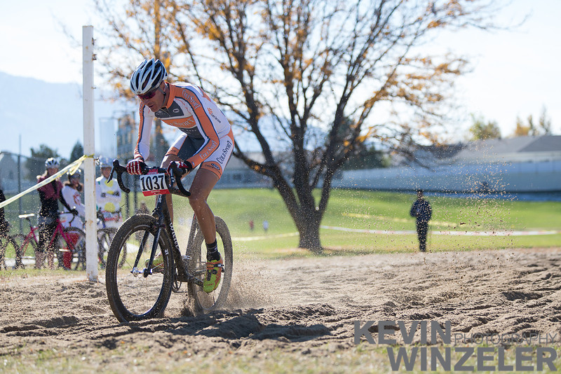 20121027_Cyclocross__Q8P0811.jpg