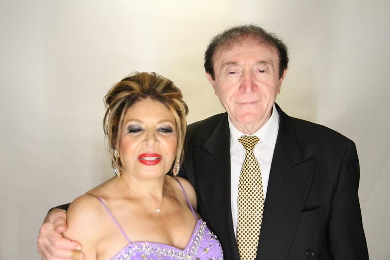 Danny and Sonia Photobooth Originals-422.jpg