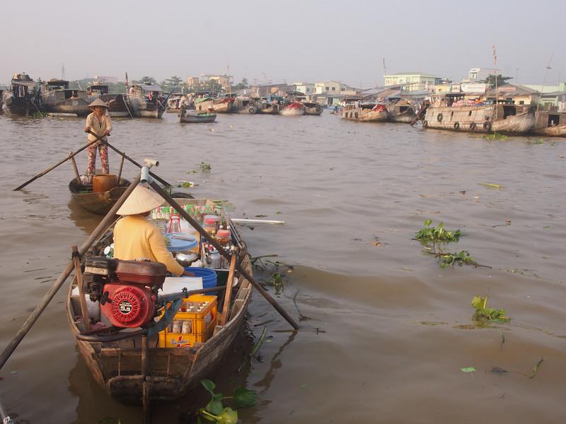 PA274714-floating-merchants.JPG