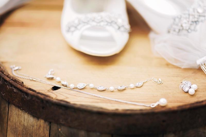 jamie-matt-wedding-at-packard-proving-grounds-intrigue-photography--5.jpg