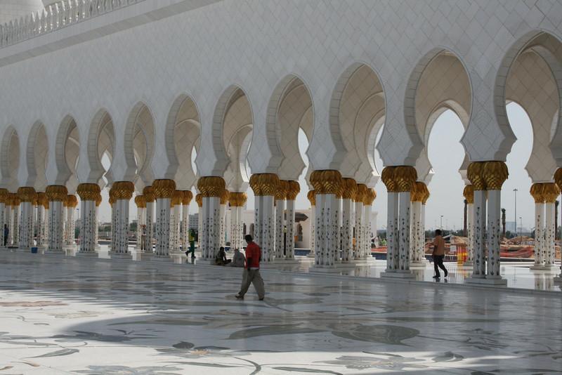 20091129_097_abu_dhabi.jpg