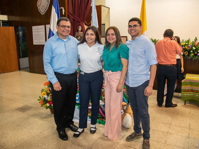 2019.11.28 - Misa Acción de Gracias Seniors 2019 Colegio Teresiano (302).jpg